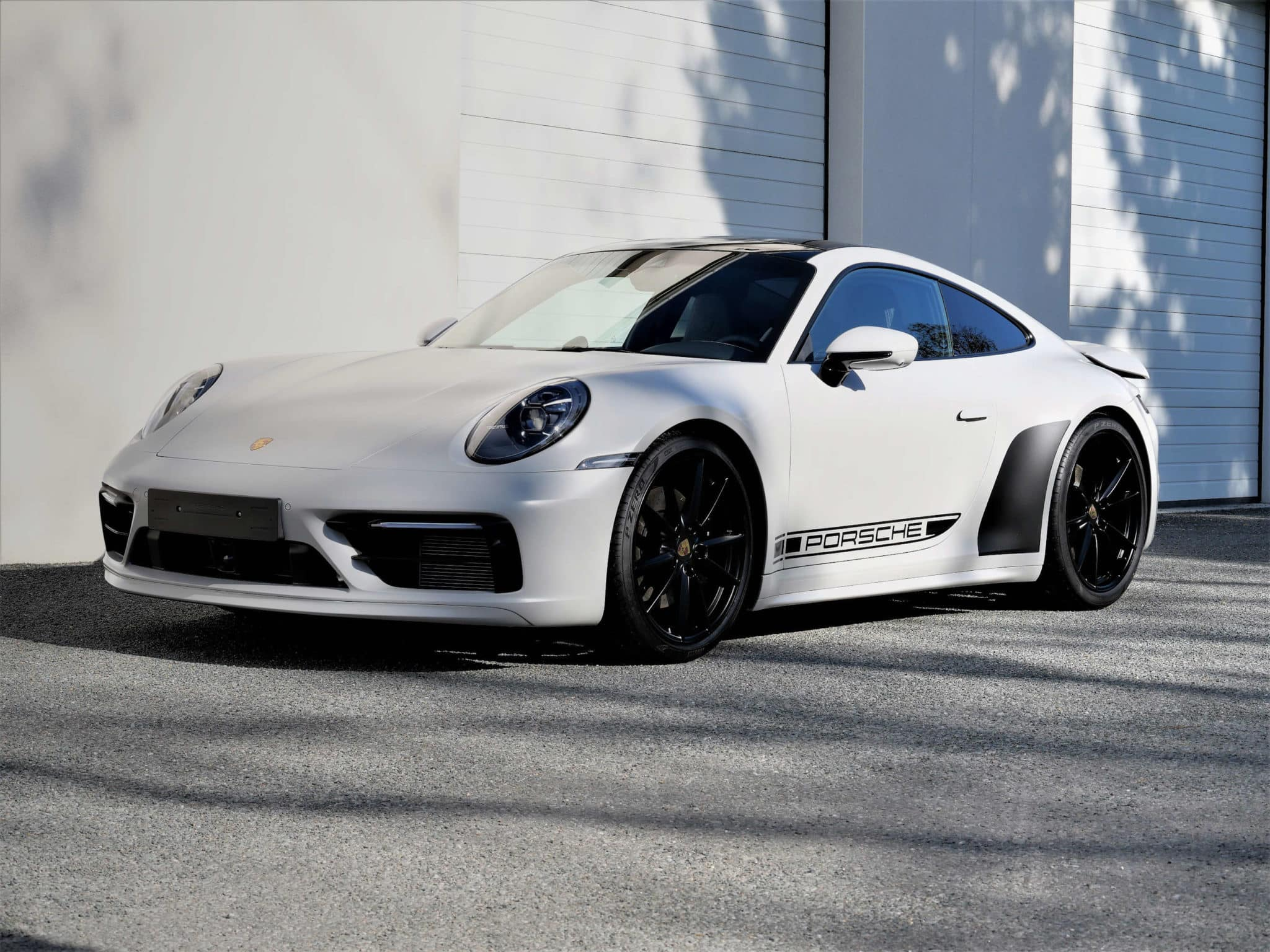 Porsche 992 Carrera 4S finition mate