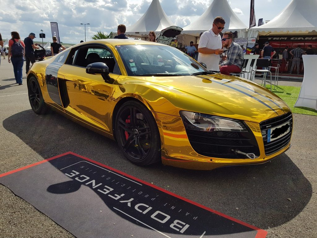 Covering Audi R8