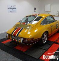 Porsche 911 jaune Bahama