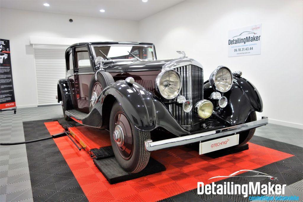 Detailing sur une Bentley Mark V