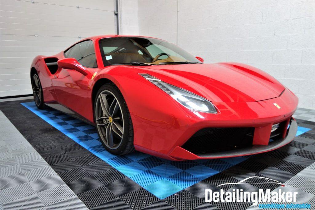 Detailing Ferrari 488 GTB
