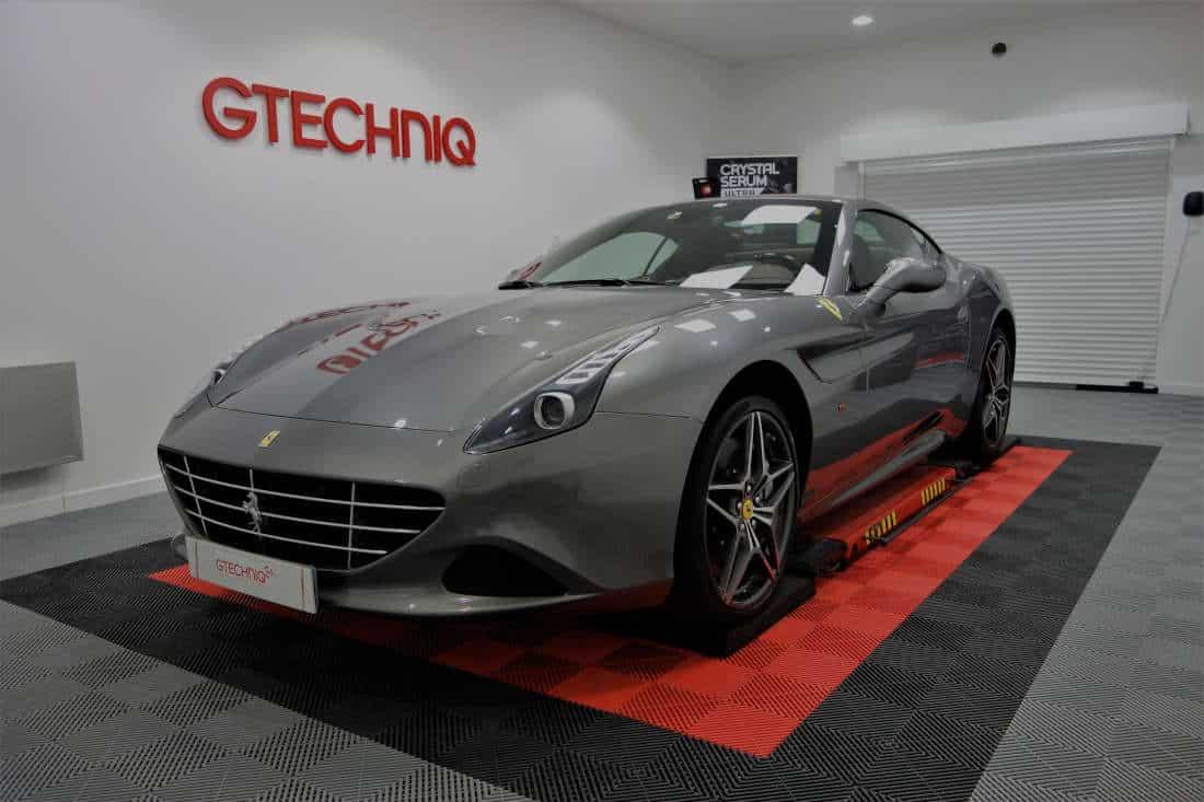 Detailing Ferrari California T