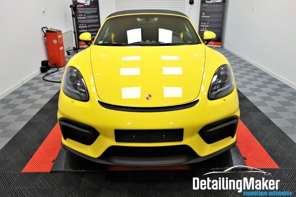 porsche 718 spyder jaune