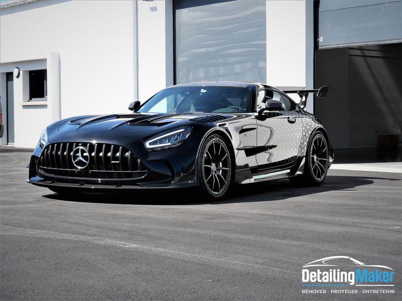 Mercedes AMG GT Black Series P one Edition noir